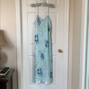 Beautiful flowered nightgown. NWOT